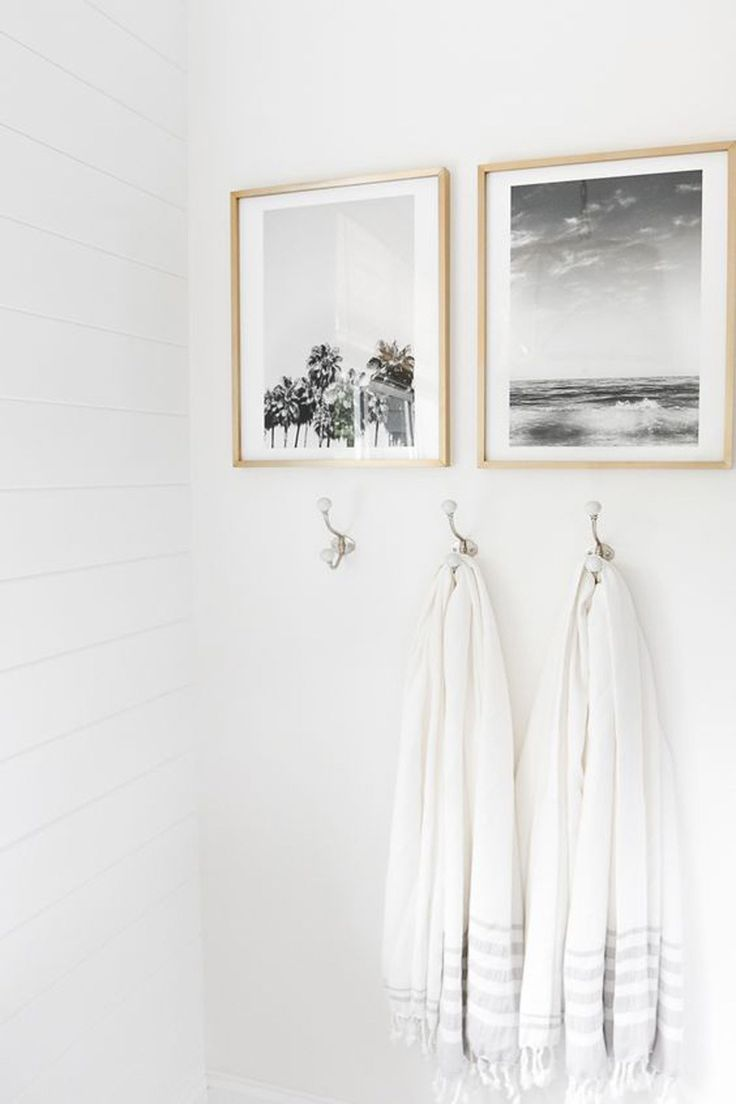 Let's hear it for the weekend! Today on the blog we shared a bunch of our favorite wall hooks that are perfect for any room. One of our favorite and super easy bathroom updates is taking down that not so pretty towel bar and replacing them with pretty hooks 🙌🏻😍 Hop over to the blog to see our top picks! Link in bio. // http://liketk.it/2qFev #liketkit @liketoknow.it #ltkhome