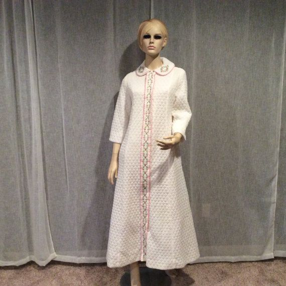 Vintage huisvrouw Evelyn Pearson loungen kleding witte door ShopOlga