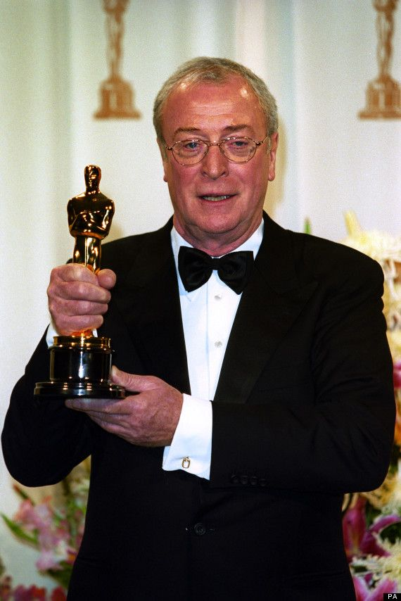 Michael Caine with his Oscar for Best Supporting Actor which he won for his role in the film The Cider House Rules