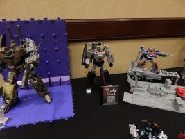 Third Party Toys Display 10.58 by transformersnewfan