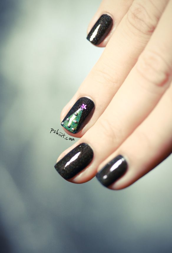 Fashion Christmas Tree Nail Art With Scotch Tape - DIY Christmas Tree
