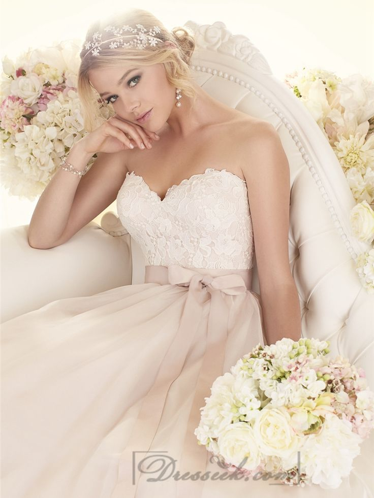 Sweetheart A-line Wedding Dresses