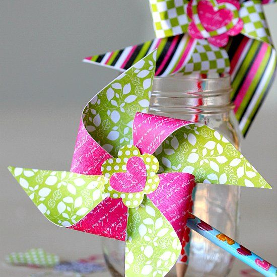 Valentines Day Pinwheel Pencil Toppers, Easy DIY no candy treat