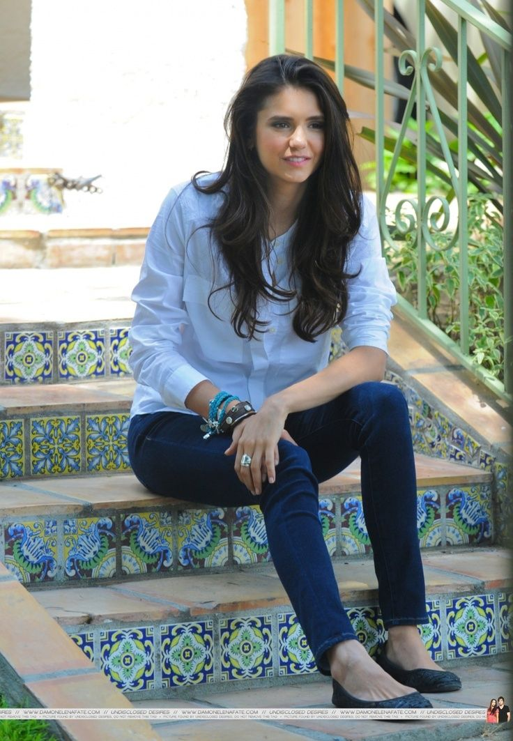 Nina Dobrevs hair - its looks so amazingly natural
