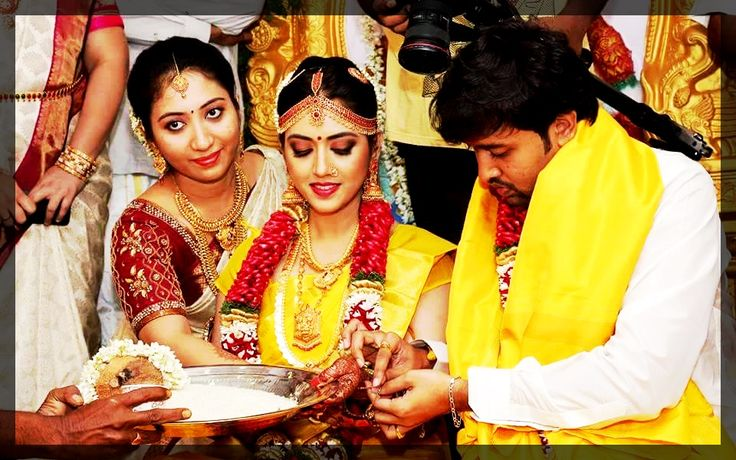 Importance of TILAK(KUMKUM) in South Indian wedding  #Wedding #Ezwed #Photography #SouthIndianWedding