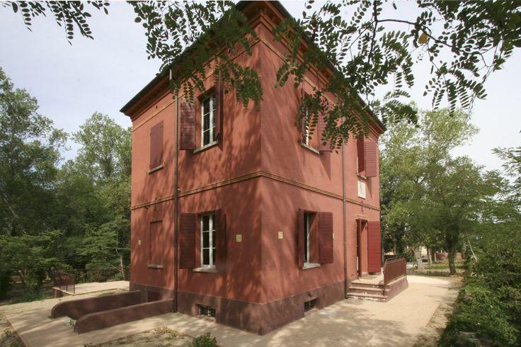 foto PH Paritani. Bellaria Igea Marina. La Casa Rossa di Alfredo Panzini. The Red House of Alfredo Panzini