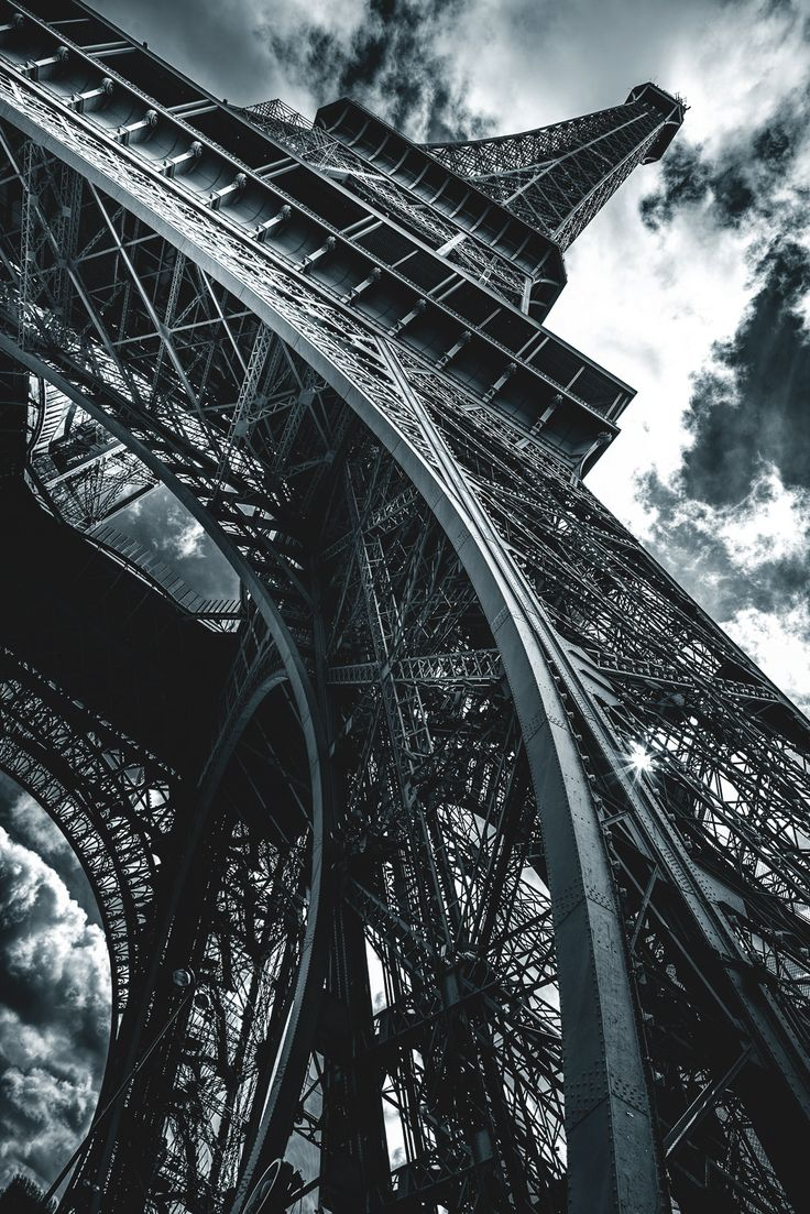 "captvinvanity: "" Tour Eiffel | Colin Saks """
