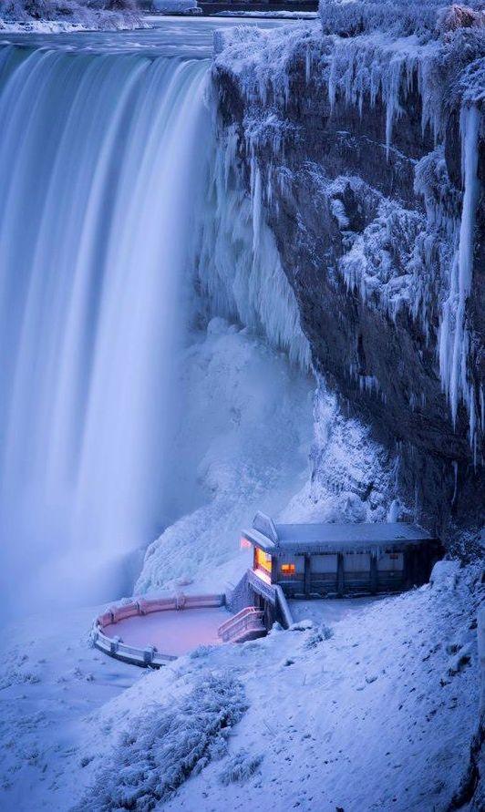 Niagara Falls in winter by Matt Taggart . 500px