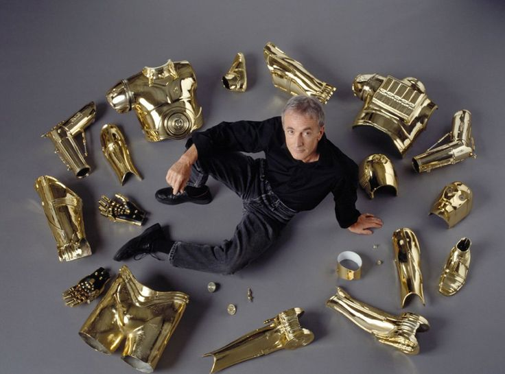 Anthony Daniels C-3PO promotional photo for Star Wars: Episode III - Revenge of the Sith (2005)