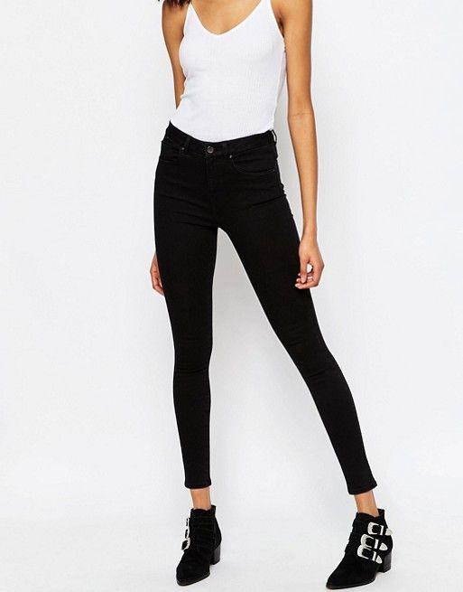 ASOS   ASOS – Sculpt Me – Reinschwarze Premium Jeans mit hohem Bund