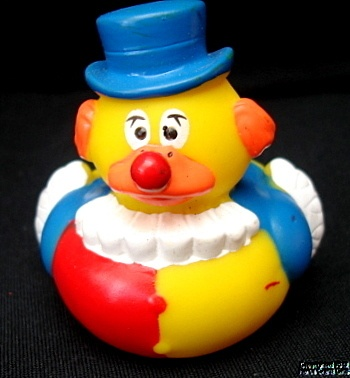 Rubber Duck, CARNIVAL, CIRCUS, CLOWN, Tall Blue Top Hat, Duckie, NEW, 2""