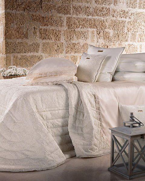 Carlo Pignatelli Casa collection. #carlopignatelli #casa #homecollection #homestyle #biancheria #biancheriacasa #biancheriaperlacasa #newcollection #madeinitaly