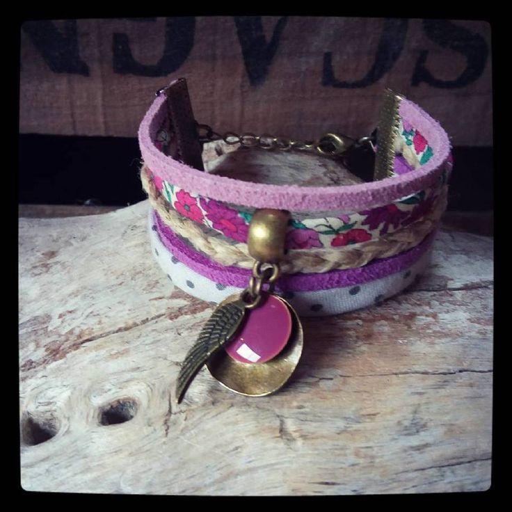 BRACELET Réglable Suédine et Cordon LIBERTY POIS Ton violet gris prune breloque émaillée aile et : Bracelet par le-petit-atelier-de-laure
