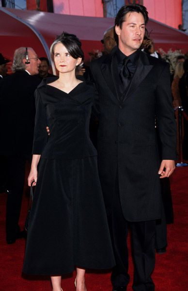 Keanu Reeves and ex girlfriend 72nd Academy Awards - March 26, 2000