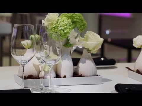 Kleurrijke tafeldecoratie | Party Rent (NL) - YouTube