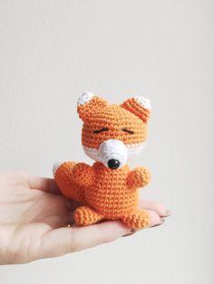I sidste uge havde min bedste veninde fødselsdag. Vi har en lille intern ting med ræve, så derfor skulle hun jo selvfølgelig have en lille ræv sammen med en lille ræve-pung med et lille sy-sæt i (uundværligt!) Hvis du er lige så besat af ræve, som vi er, så kan du finde den lille rævepung HER. Jeg har …