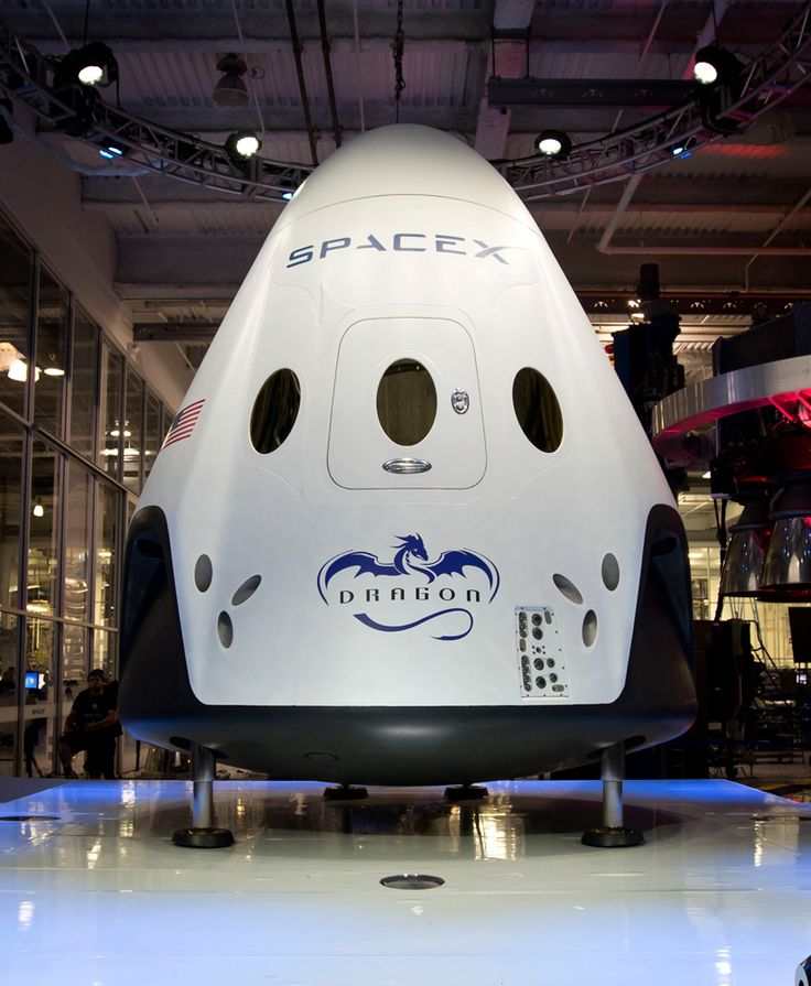 dragon V2: spaceX's first manned spacecraft features 3D printed engine