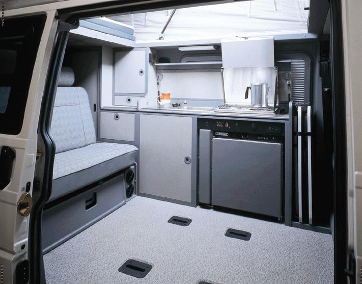 Vw Eurovan Camper >> Again A Vw Interior But Newer Styling It Really Maximizes Space