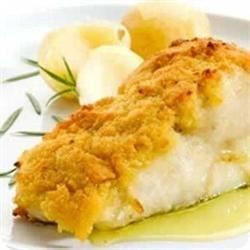 A main dish in 15 minutes? With this simple delicious cod recipe, you only need 15 minutes and six ingredients. Cod fillets are sprinkled with tarragon and sesame seeds, and broiled until the fish flakes.