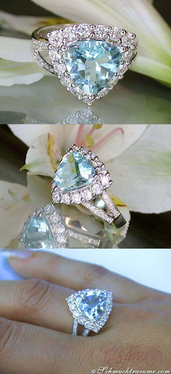 Terrific: Aquamarine Diamond Ring, 3,92 cts. WG-14K - Find out: schmucktraeume.com - Like: www.facebook.com/... - Contact: info@schmucktraeu...