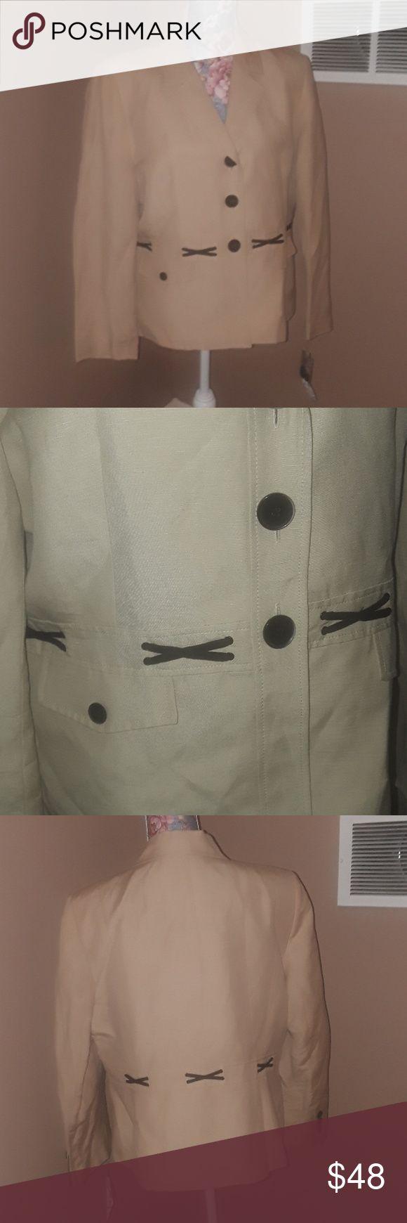 Kasper Petite Suit Jacket 16P NWT Kasper Petite Blazer/jacket only New with tags 16p 55% linen 45% rayon Lining is 100% polyester Kasper Jackets & Coats Blazers