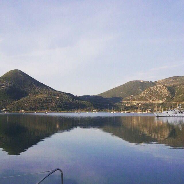 #природа ☀️ #nature  #море #горы #путешествие #красота #Lovemile ⛵️ #yachting ⚓️ #amazing #sea www.lovemile.ru аренда яхт