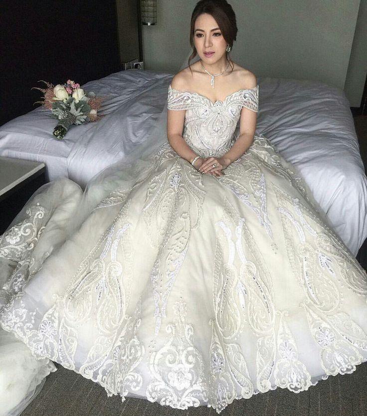 M s de 1000 im genes sobre wedding gown ideas en pinterest for Haute couture price range