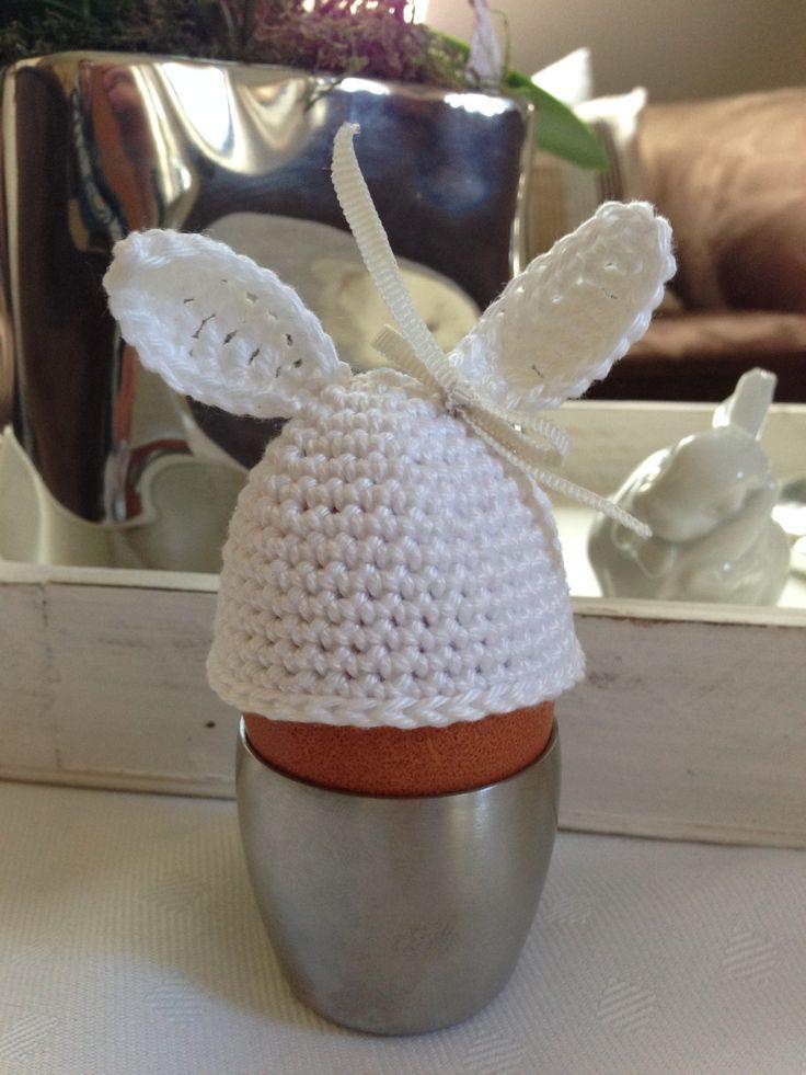 Gestern ist mir die Idee gekommen, einen Eierwärmer mit Ohren zu häkeln. Ich habe mich gleich dran gesetzt und mir was ausgedacht. Das kam dabei raus: Süß, oder? Und hier ist die Häkelanleitung, we...