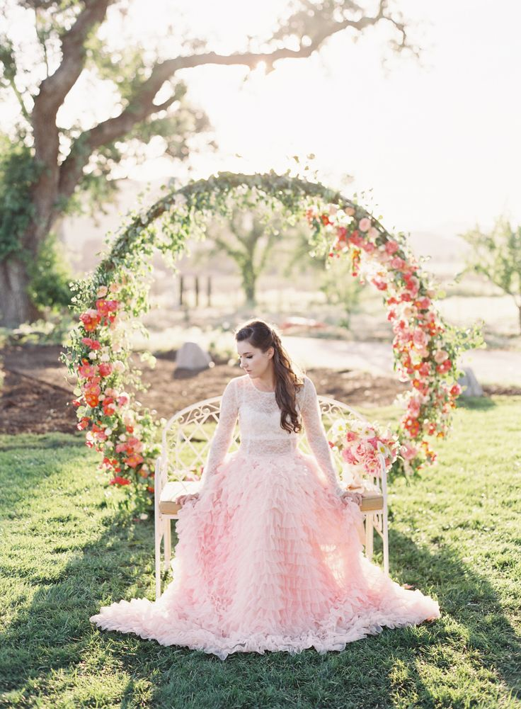 Photography : Caroline Tran Read More on SMP: http://www.stylemepretty.com/2016/06/09/weve-found-the-girly-wedding-inspo-of-your-dreams/