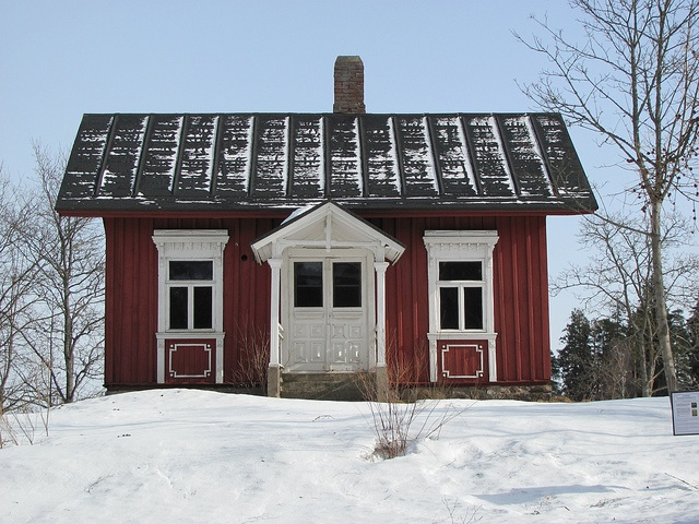 Simple yet beautiful old house in Kauniainen Finland