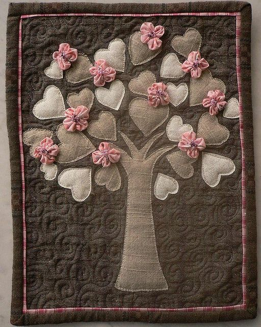 this would be pretty for a baby girl or a family tree