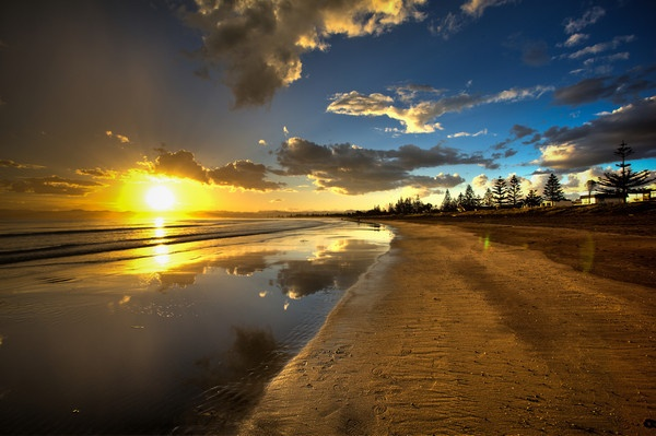 Gisborne, New Zealand - first place in the world  to see the sun rise