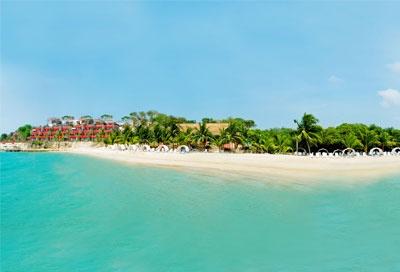 If you come to the Caribbean Coast , don´t miss Baru Island, Colombia #tourcentrocatalina #caribbeantreasure