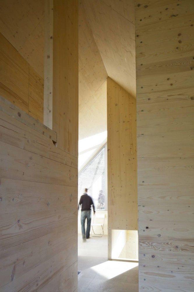 nowoczesna-STODOLA_Hexagon-Shaped-House_A.LT-Architekti_05