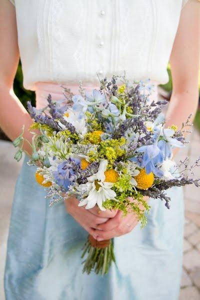 wildflower bride bouquet. bridesmaid flowers. wedding inspiration. outdoor wedding. rustic