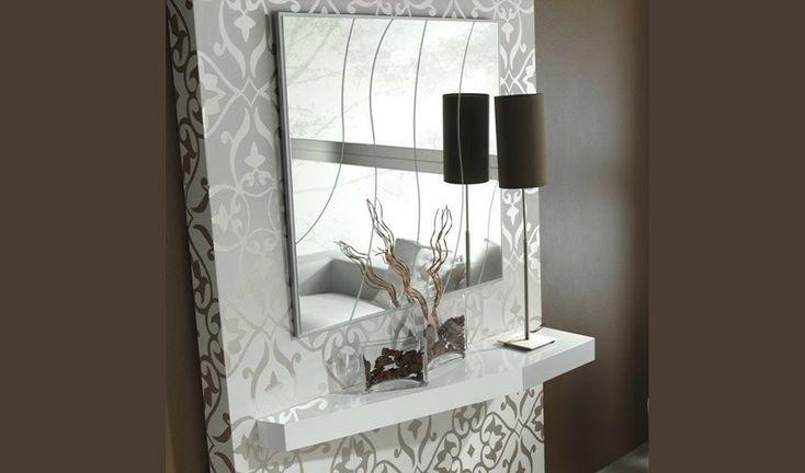 Recibidor decoracion conjunto recibidor con consola y for Espejos de diseno para recibidor