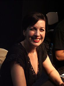 Grey DeLisle as Vicky.