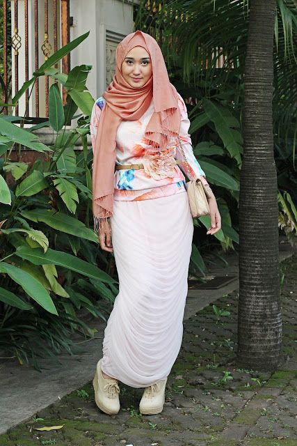 Model Baju Muslim Untuk Ke Kampus Hijab Style Pinterest Models Beauty And Fashion