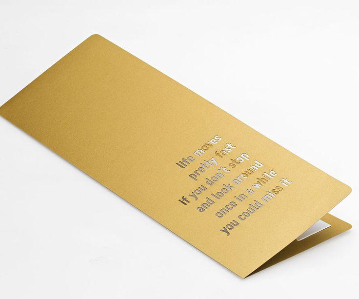 Majestic Luxus Real Gold sorgt für einen funkelnden Auftritt. Jetzt erleben bei Papyrus: https://www.papyrus.com/deDE/catalog/c/G_1000_cat2720129/p/G_1000_prod2800028/Irisierende_Papiere/Majestic_Luxus/view.htm