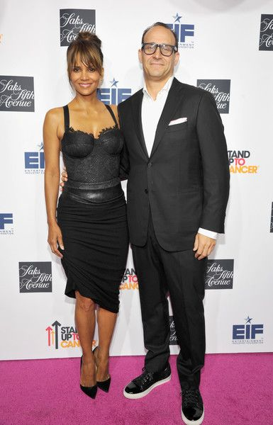 Halle Berry Corset Dress - Halle Berry vamped it up in a black corset dress during Saks Fifth Avenue's celebration of Key to the Cure.