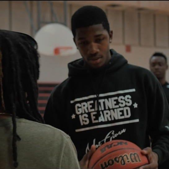 Greatness Is Earned Not Given  Don't stop when your tired.  Stop when your done.  #tylerambition #ambition#entrepreneur#vegas#lasvegas#philly#la #newyorkcity#miami #nyc#atl#atlanta#hiphop#toronto#photoshoot #photooftheday#inspired #basketballislife#la#chicago #basketball#dj #wynwood#tgif #athletes#florida#supportblack#friday