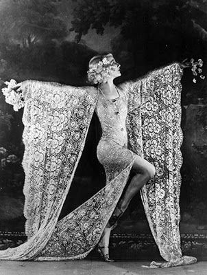"A Jurubeba Cultural:  ● Imagens... Vintage. (""Moulin Rouge"". Paris, 1926)"