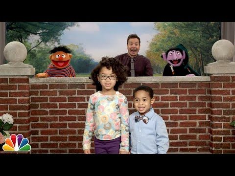 Jimmy Fallon and Sesame Street Characters Photobomb Families on The Tonight Show and It's Adorable | E! Online Mobile