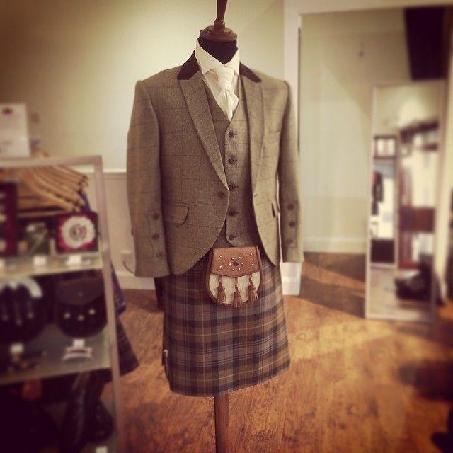 Lovely kilt action, loving the tweed #kilt #kilthire #exhire #sporran #scotland #tweed #glasgow #scotland