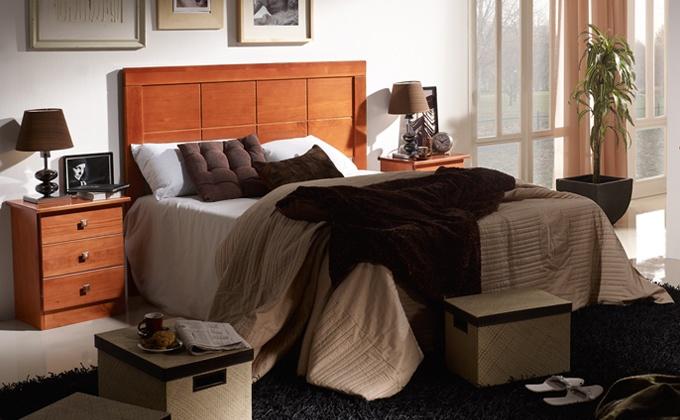 Dormitorio de decoración rústica.