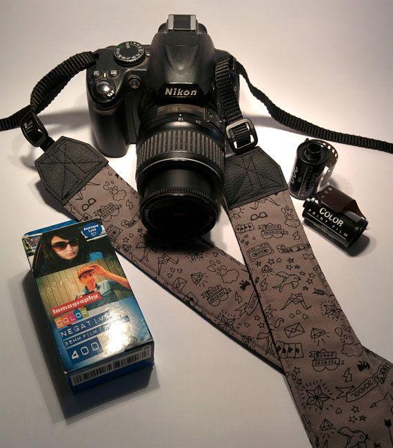 https://www.etsy.com/it/listing/222379384/tracolla-per-fotocamera-slr-dslr