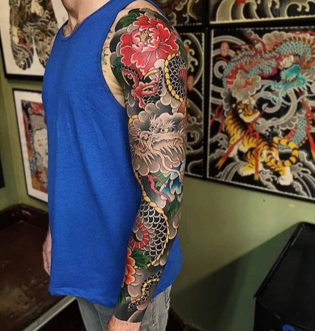 Finally Finished 25 Hours Total By Deneka At Black Garden Tattoo London Absolutley Loving It Tattoo In 2020 Sleeve Tattoos Dragon Sleeve Tattoos Japanese Tattoo