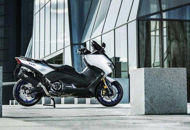 Nuova Yamaha TMAX SX Sport Edition Pneumatici Moto Online  www.tyres-shop.it  #yamaha #yamahamotor #tmax #yamahanmax #yamahatmax #yamaharacing #teamyamaha #pneumatici #tyres_shop