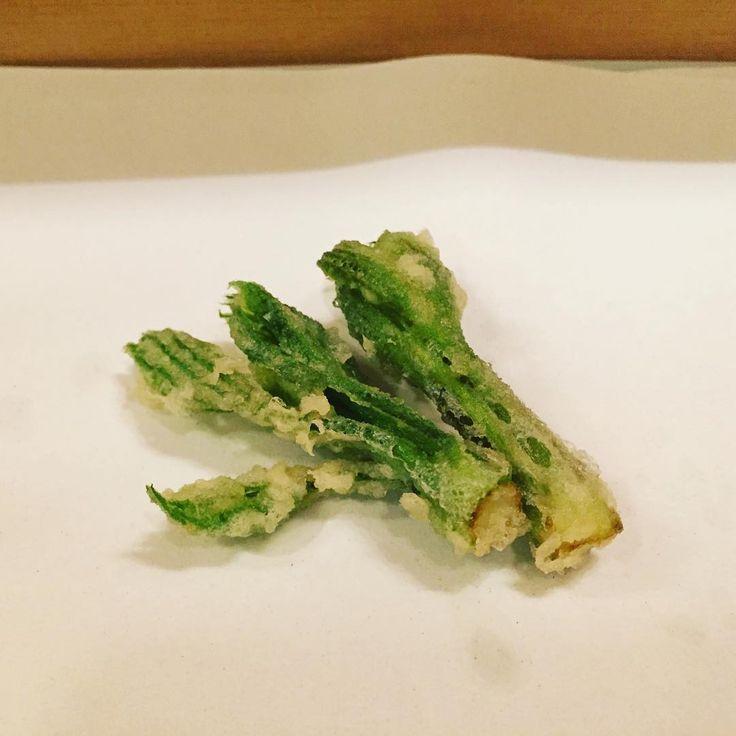 こしあぶらが好きすぎて、山菜採りに行きたいわたしの夕ご飯。 #清壽#seijyu  #こしあぶら#天ぷら #天麩羅 #tenpura #東京#築地#tokyo#japan #tsukiji  #tokyofood #tokyomichelin#Michelin#delicious #instafood #foodlover #japanese#japanfood#japanesecuisine #japanesefood#tokyofoodie