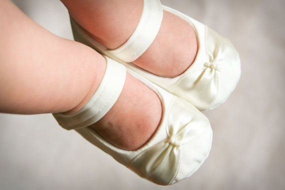 IVORY or WHITE baby shoes, ivory satin mary janes, elegant and dressy shoes, christening, wedding or baptism shoes, special occasion